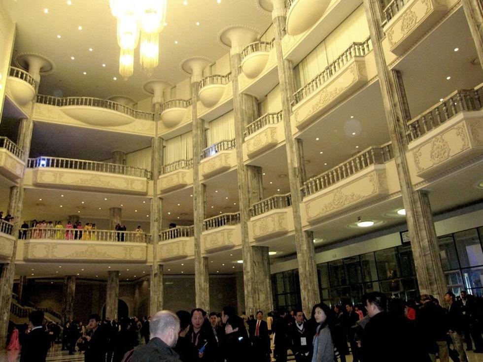 Choáng với chương trình nghệ thuật Triều Tiên 700 người như một - Ảnh 11.