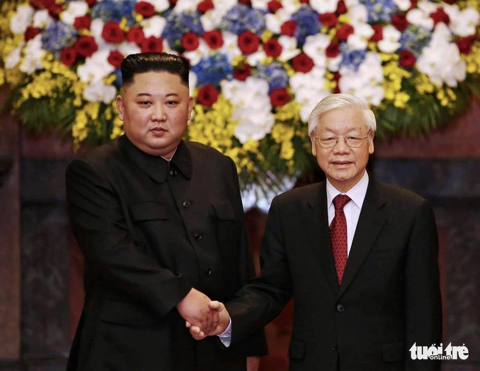 Tổng bí thư, Chủ tịch nước Nguyễn Phú Trọng hội đàm với Chủ tịch Kim Jong Un - Ảnh 2.