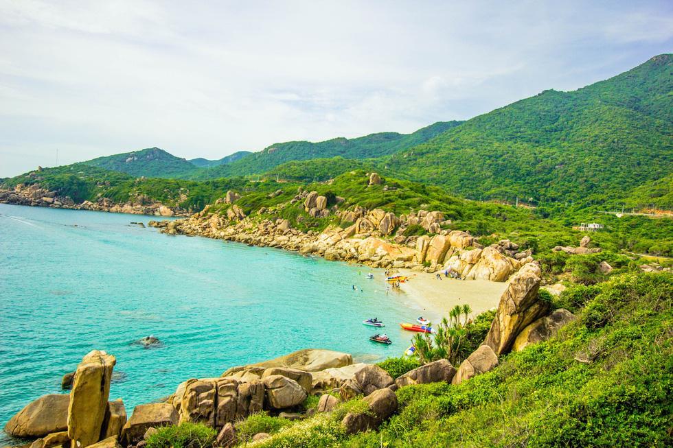 3 bãi biển tuyệt diệu để cắm trại đón bình minh ở Ninh Thuận - Ảnh 2.
