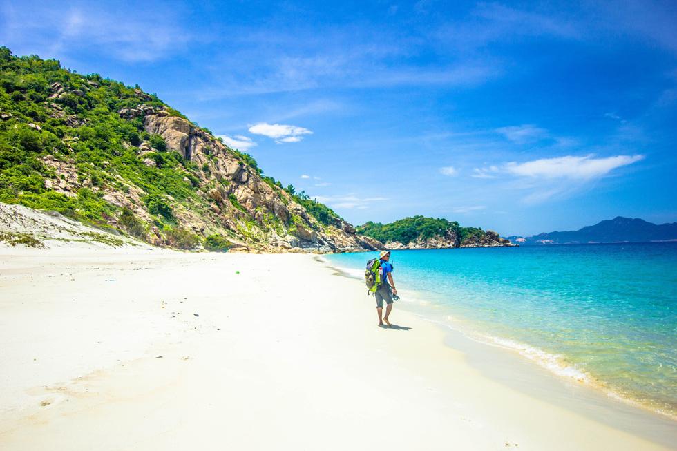 3 bãi biển tuyệt diệu để cắm trại đón bình minh ở Ninh Thuận - Ảnh 9.
