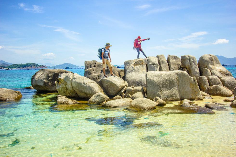 3 bãi biển tuyệt diệu để cắm trại đón bình minh ở Ninh Thuận - Ảnh 7.