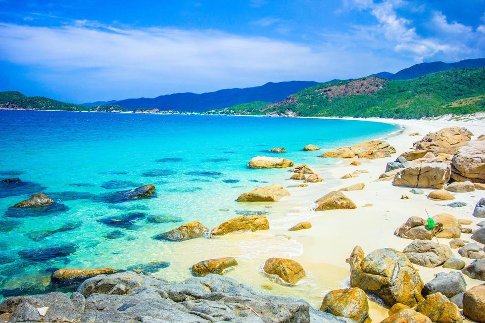 3 bãi biển tuyệt diệu để cắm trại đón bình minh ở Ninh Thuận - Ảnh 6.