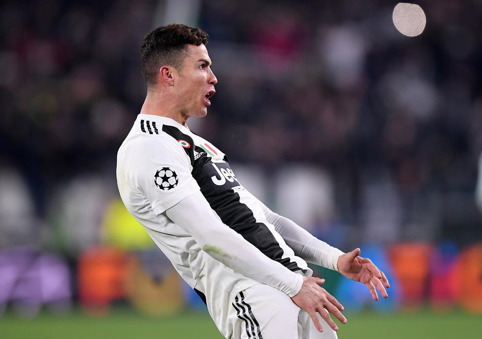 Xem siêu nhân Ronaldo đánh bại Atletico Madrid qua ảnh - Ảnh 6.
