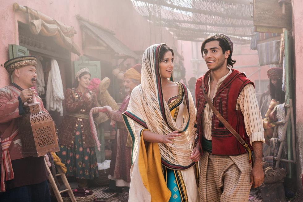 Thần đèn Aladdin sẽ trở lại với phiên bản người đóng mùa hè này - Ảnh 1.