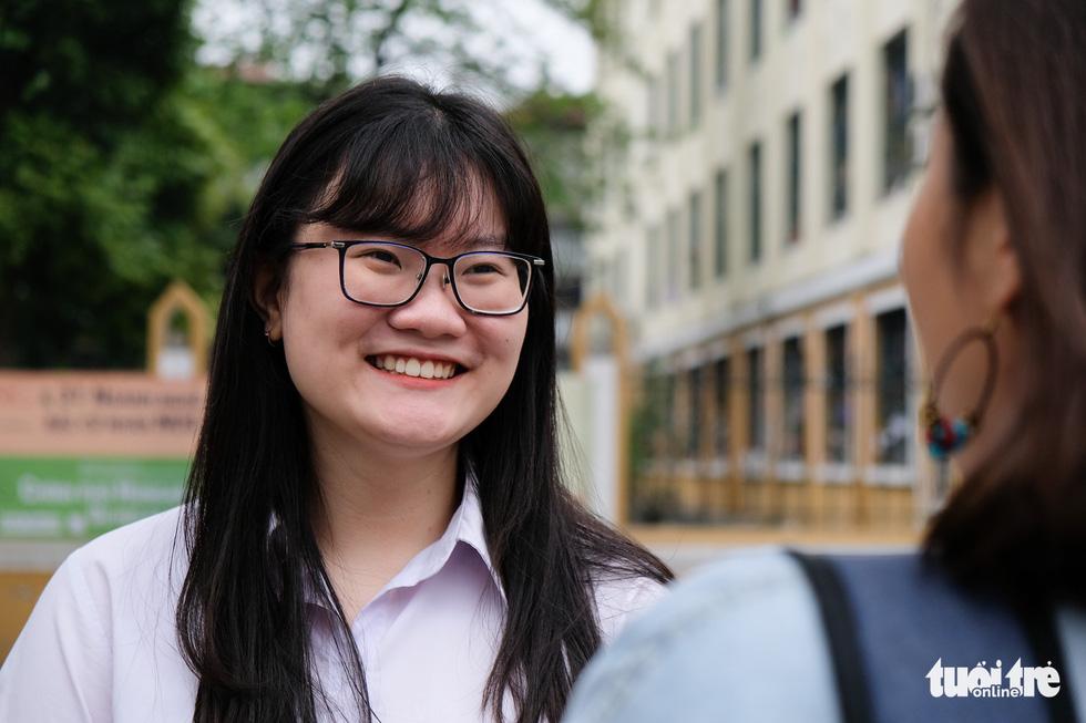 Cô gái vàng Việt Nam 19 tuổi nghiên cứu liệu trình điều trị ung thư - Ảnh 2.
