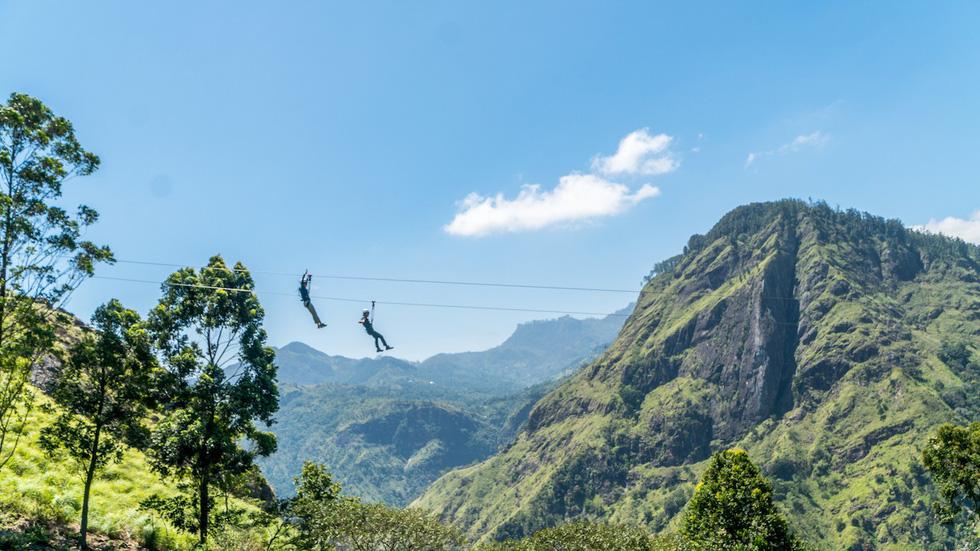 Băng qua những đồi chè xanh mướt ở Sri Lanka - Ảnh 6.