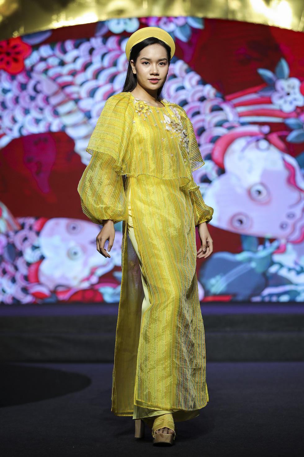 HHen Niê lộng lẫy trình diễn bế mạc Lễ hội áo dài 2019 - Ảnh 4.
