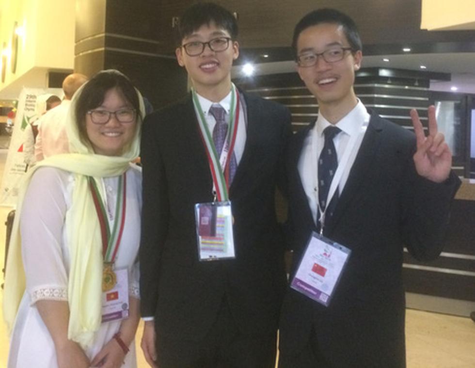 Cô gái vàng Việt Nam 19 tuổi nghiên cứu liệu trình điều trị ung thư - Ảnh 3.