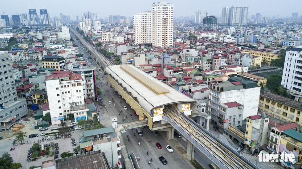 6 tháng rồi mà nhà ga đường sắt Cát Linh - Hà Đông nơi ngổn ngang, nơi ngập rác - Ảnh 13.