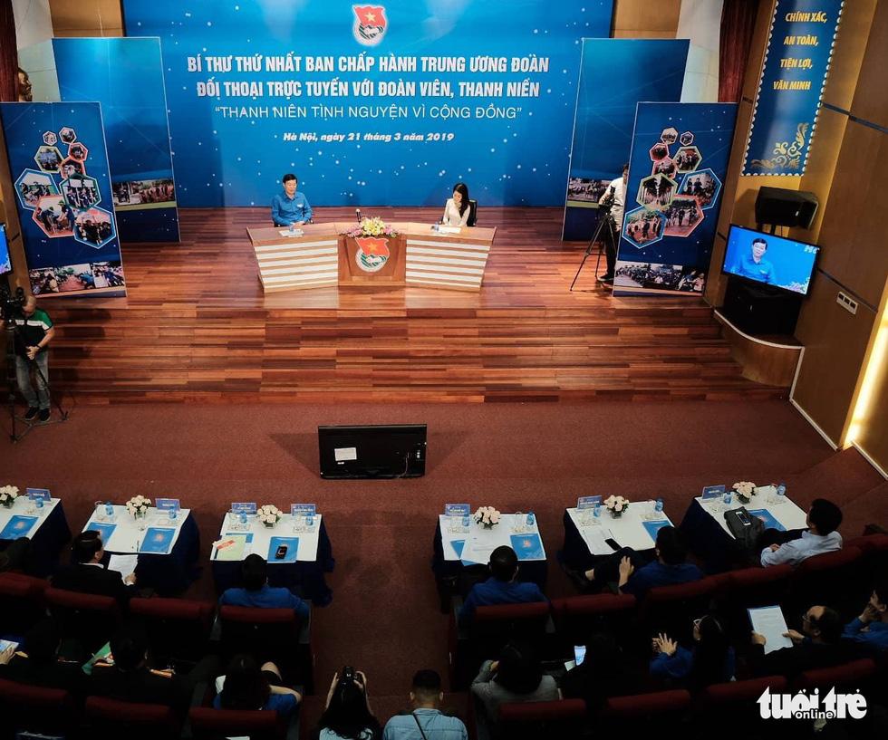 H'Hen Niê đối thoại cùng Bí thư thứ nhất Trung ương Đoàn - Ảnh 5.