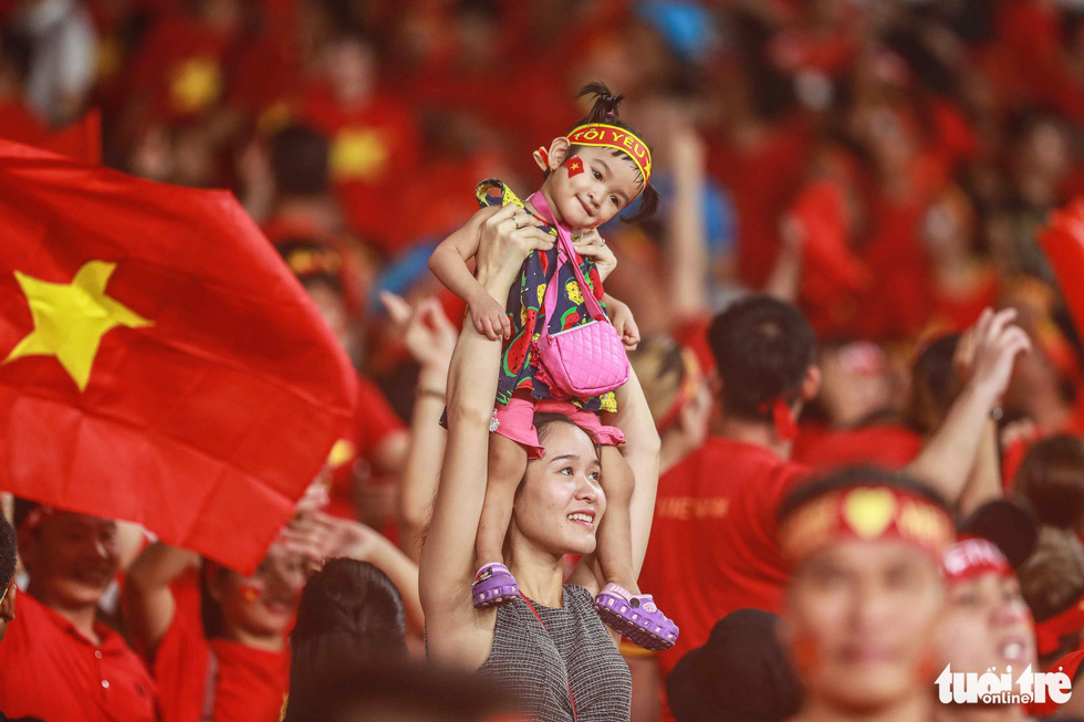Những khoảnh khắc lịch sử của ĐT Việt Nam tại AFF cup 2018 - Ảnh 18.