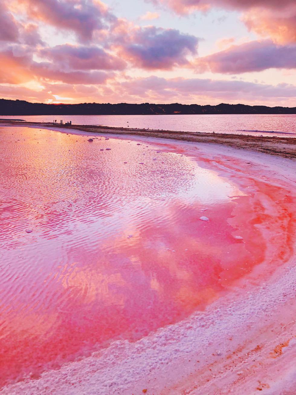 Kỳ lạ hồ nước màu hồng, đỏ, cam theo giờ - Ảnh 7.