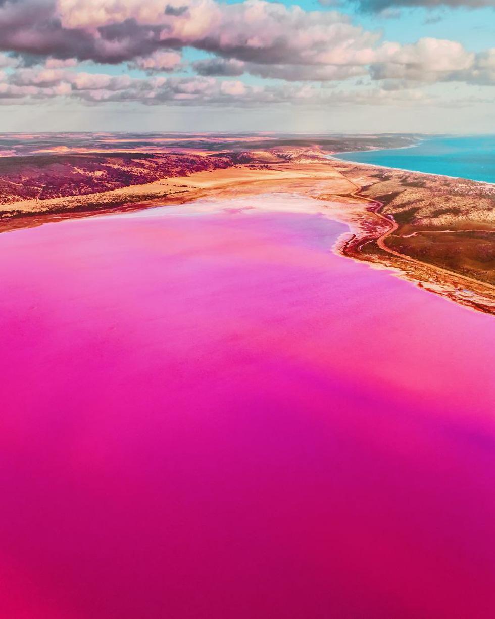 Kỳ lạ hồ nước màu hồng, đỏ, cam theo giờ - Ảnh 11.
