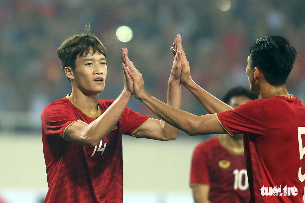 3 chàng tân ngự lâm quân U23 Hoàng Đức, Việt Hưng, Tấn Sinh - Ảnh 3.