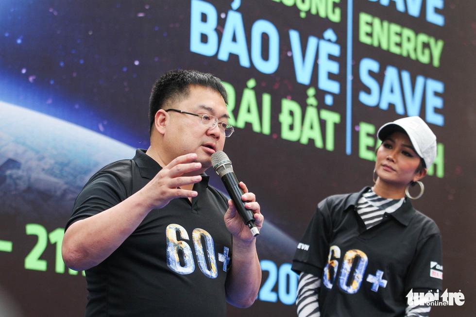 Hoa hậu HHen Niê truyền cảm hứng tiết kiệm năng lượng - Ảnh 2.