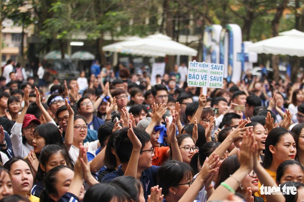 Hoa hậu HHen Niê truyền cảm hứng tiết kiệm năng lượng - Ảnh 4.