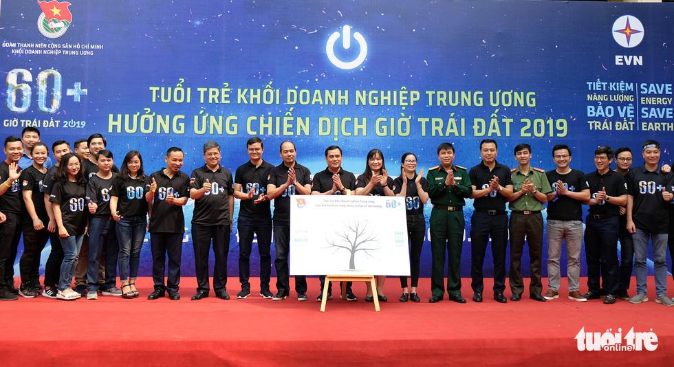 Hoa hậu HHen Niê truyền cảm hứng tiết kiệm năng lượng - Ảnh 8.