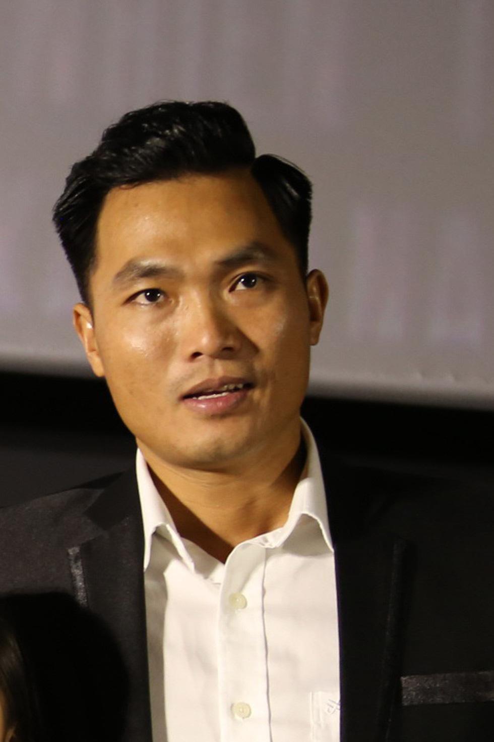 Người Việt Nam trẻ tuổi nhất chinh phục Everest thi chạy 42km ở Bắc cực - Ảnh 2.