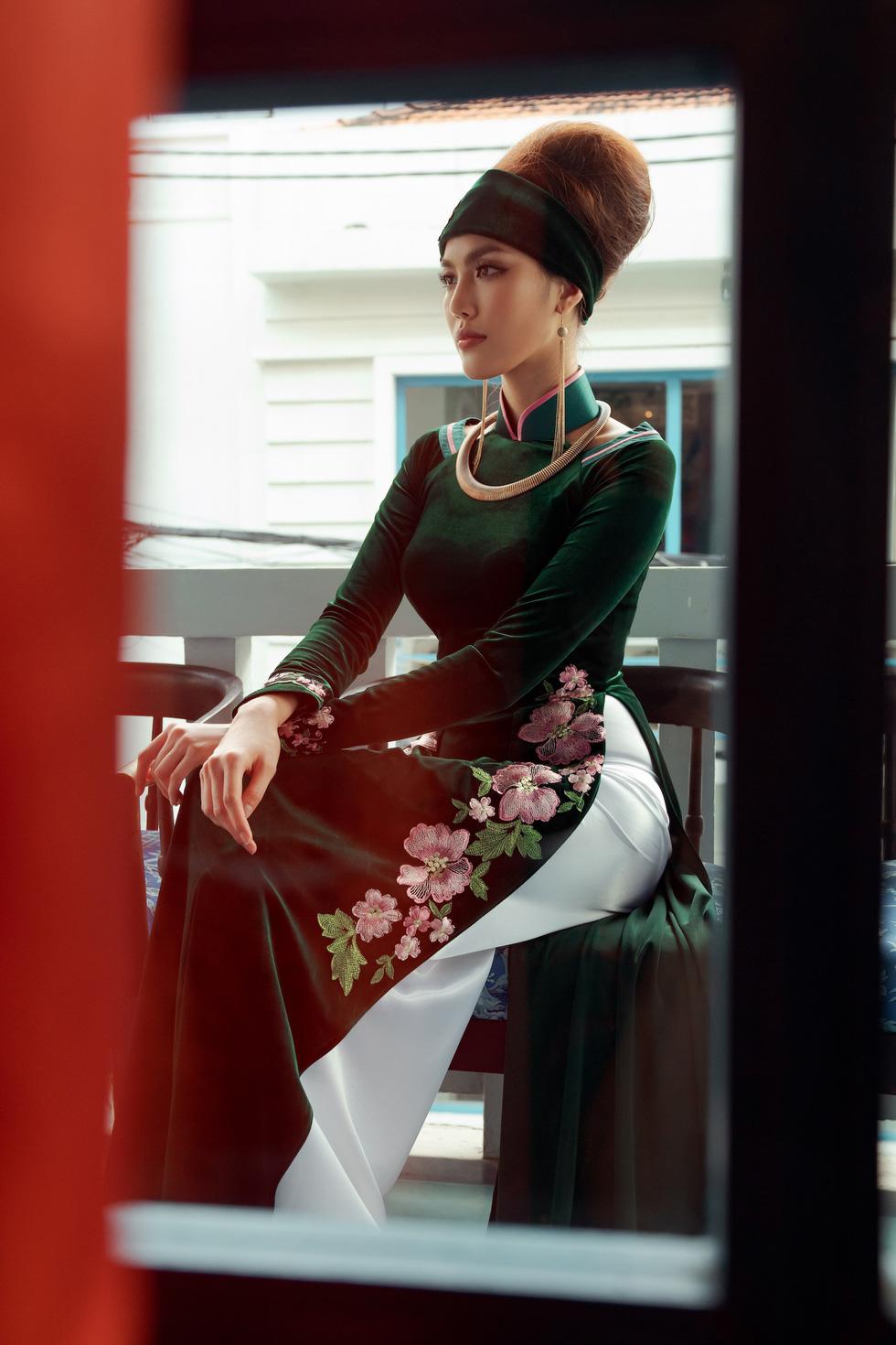 Lan Khuê, Thanh Hằng diện áo dài Nam Kỳ lục tỉnh - Ảnh 9.