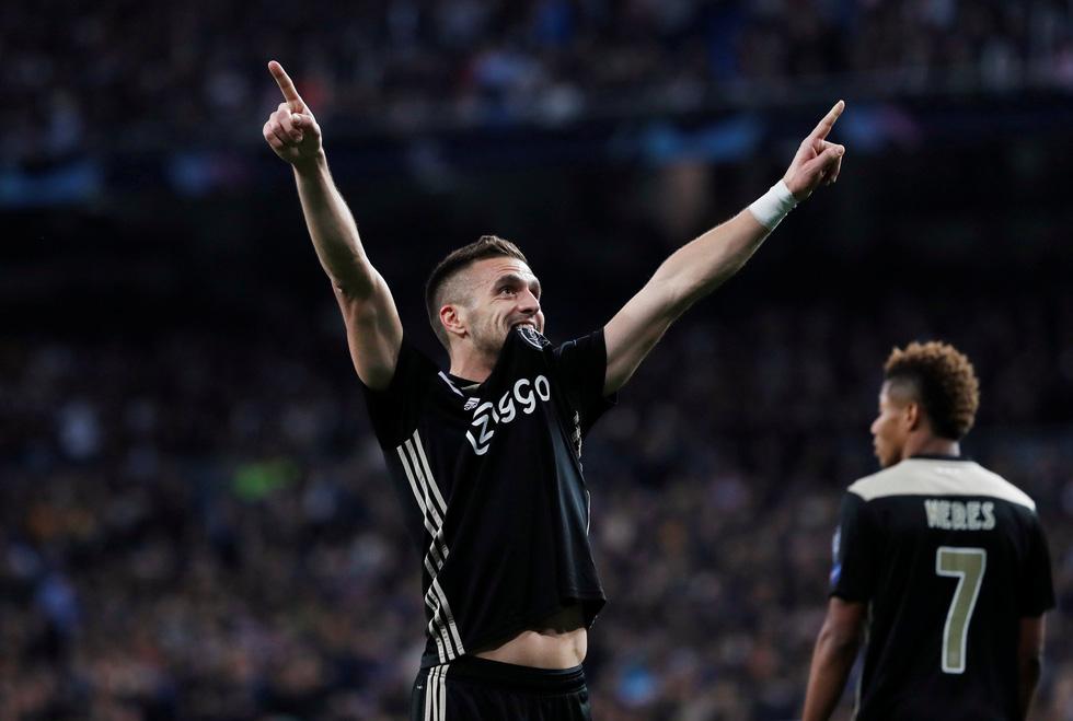 Chùm ảnh Real Madrid thảm bại trước Ajax - Ảnh 5.