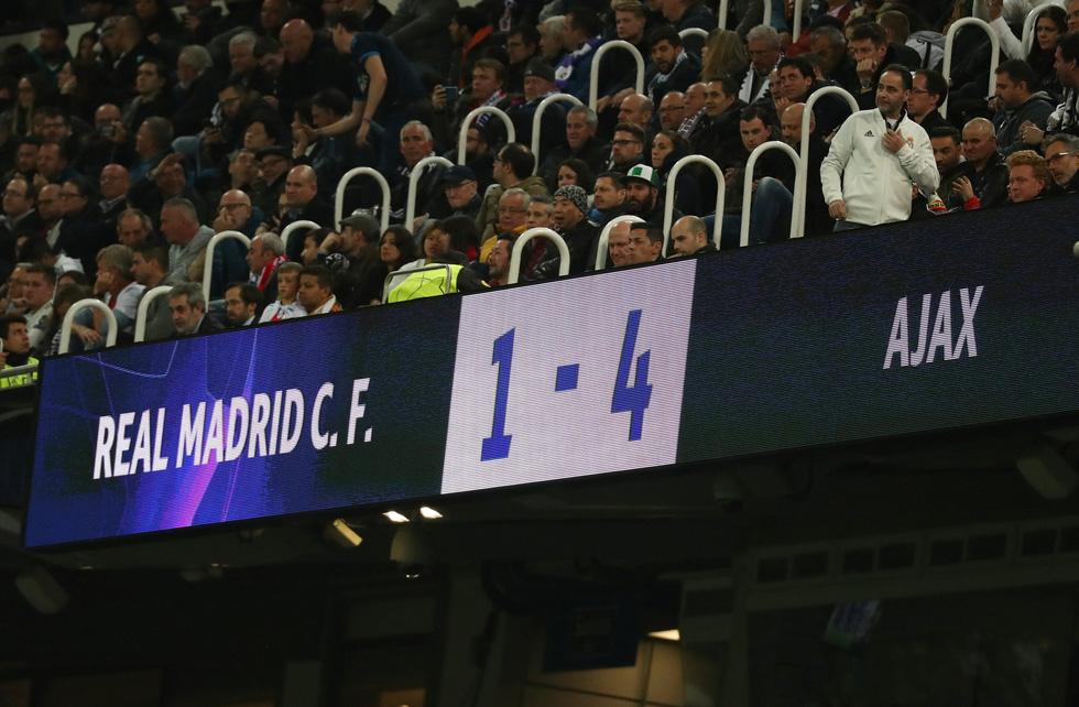Chùm ảnh Real Madrid thảm bại trước Ajax - Ảnh 10.