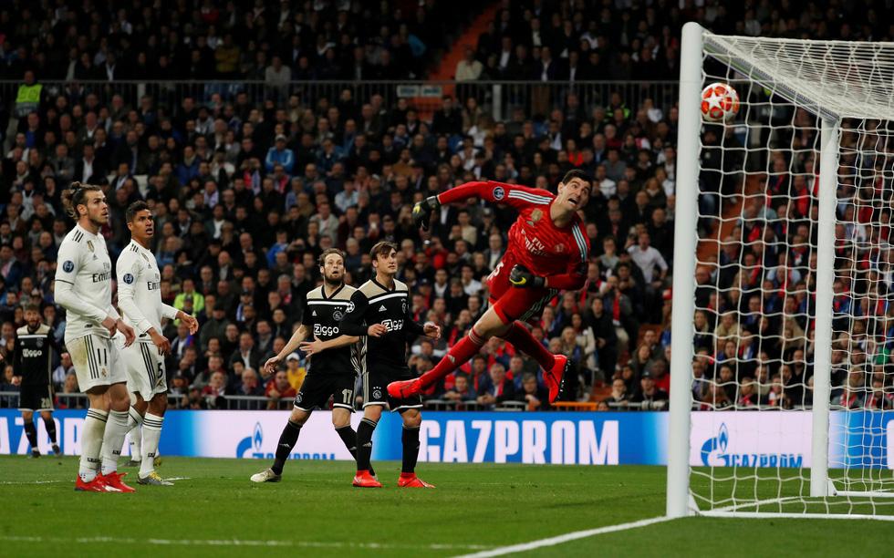Chùm ảnh Real Madrid thảm bại trước Ajax - Ảnh 8.