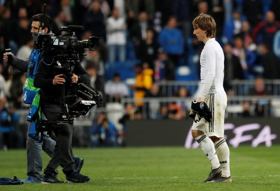 Chùm ảnh Real Madrid thảm bại trước Ajax - Ảnh 12.