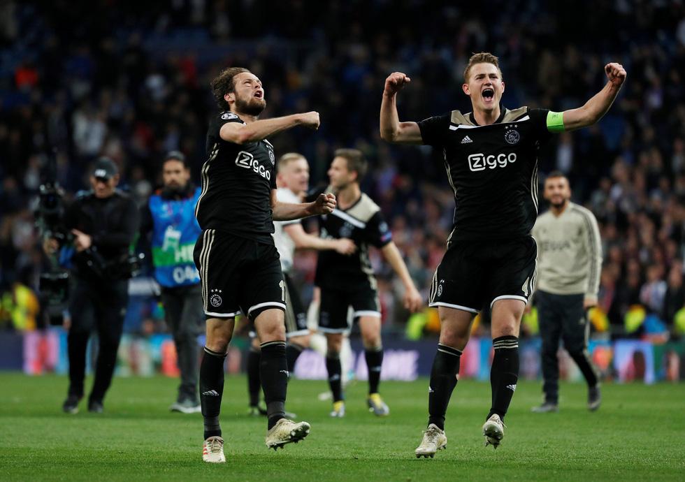 Chùm ảnh Real Madrid thảm bại trước Ajax - Ảnh 11.