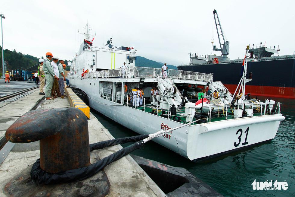 Tàu VIJIT thuộc Lực lượng bảo vệ bờ biển Ấn Độ thăm Đà Nẵng - Ảnh 2.
