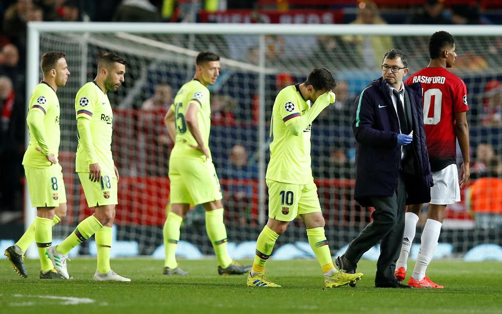 Messi đổ máu trong chiến thắng của Barca trước M.U - Ảnh 7.