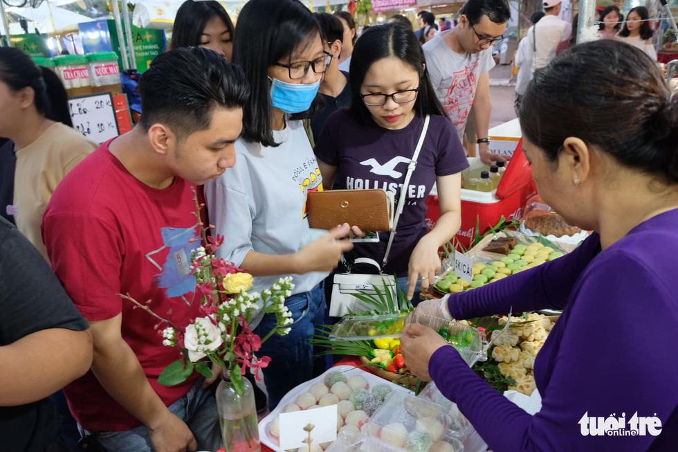No cái bụng, đã con mắt với hơn 100 loại bánh ở Lễ hội Bánh dân gian Nam Bộ - Ảnh 25.