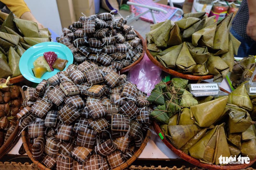 No cái bụng, đã con mắt với hơn 100 loại bánh ở Lễ hội Bánh dân gian Nam Bộ - Ảnh 8.