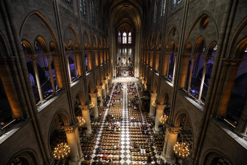 Nhà thờ Đức Bà Paris - biểu tượng hơn 850 năm của nước Pháp - Ảnh 8.