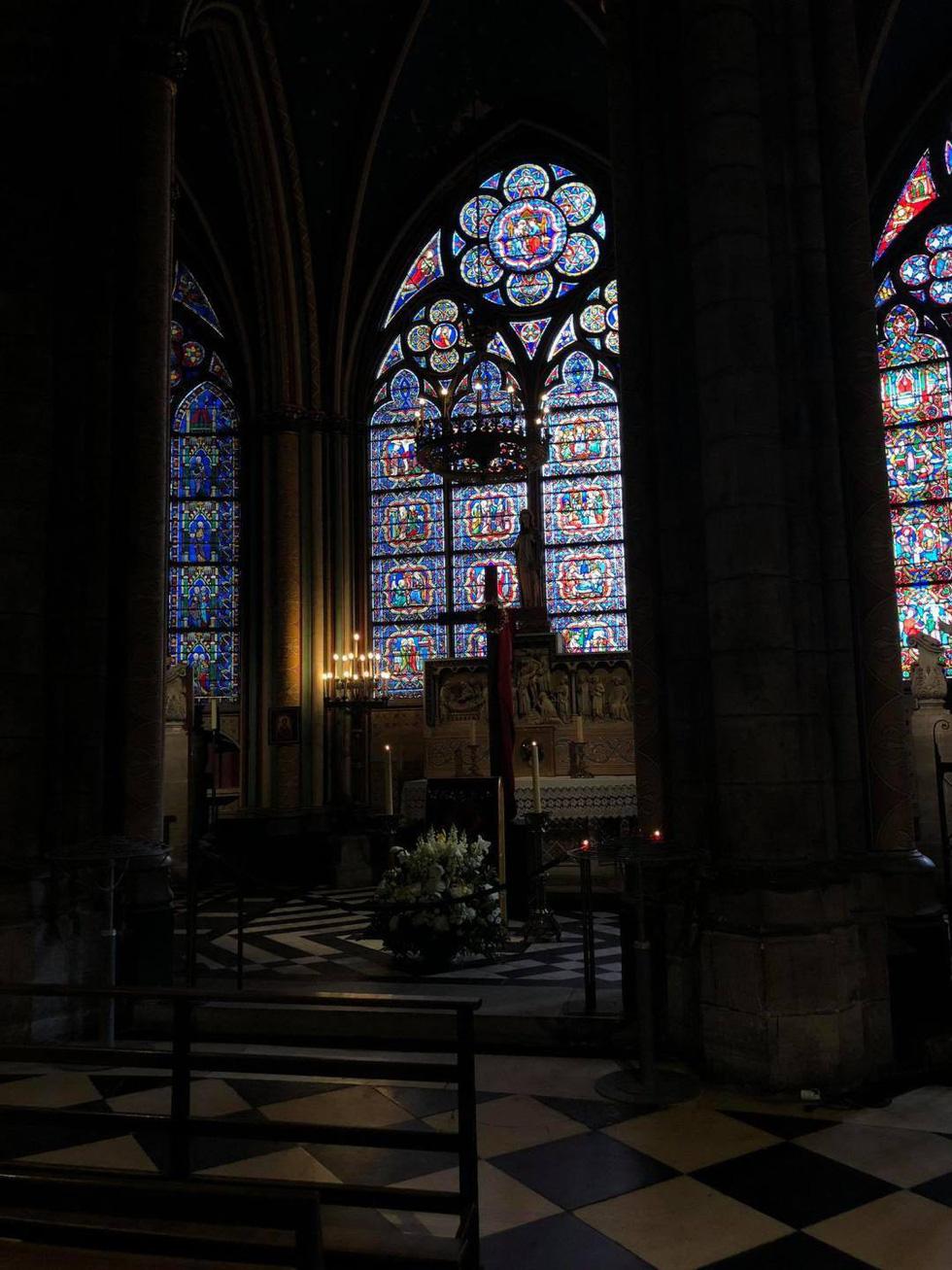 Nhà thờ Đức Bà Paris - biểu tượng hơn 850 năm của nước Pháp - Ảnh 12.