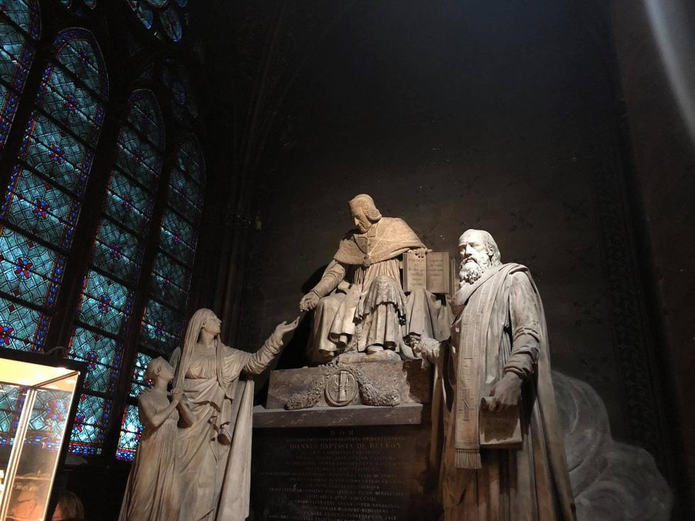 Nhà thờ Đức Bà Paris - biểu tượng hơn 850 năm của nước Pháp - Ảnh 4.