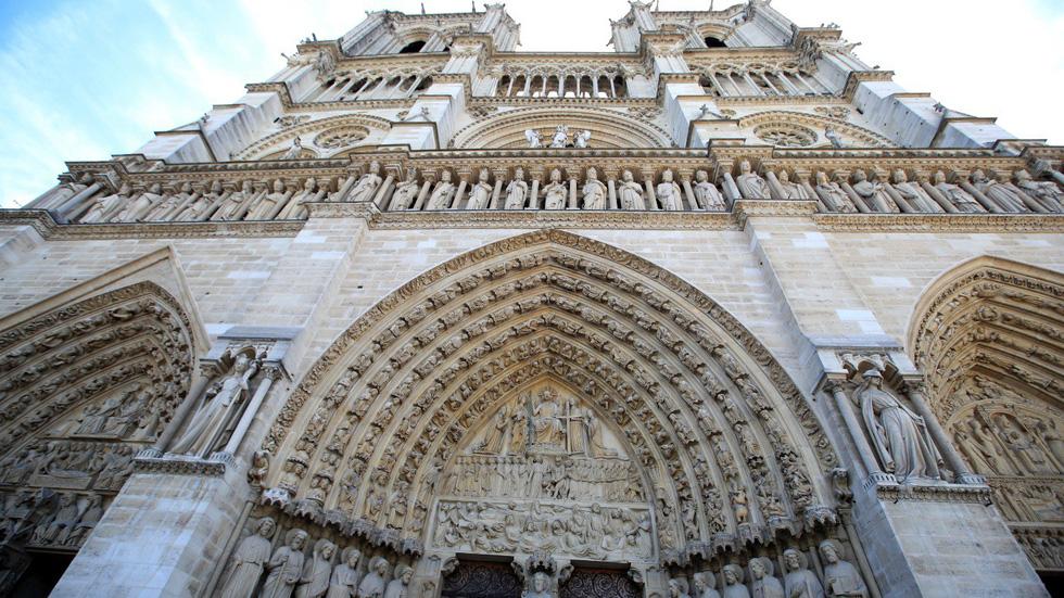 Nhà thờ Đức Bà Paris - biểu tượng hơn 850 năm của nước Pháp - Ảnh 1.