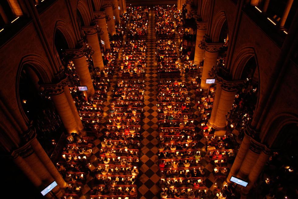 Nhìn lại Nhà thờ Đức Bà Paris qua các thời kỳ lịch sử - Ảnh 16.
