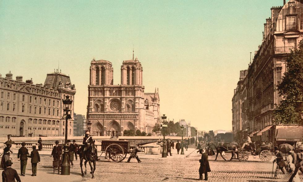 Nhìn lại Nhà thờ Đức Bà Paris qua các thời kỳ lịch sử - Ảnh 7.