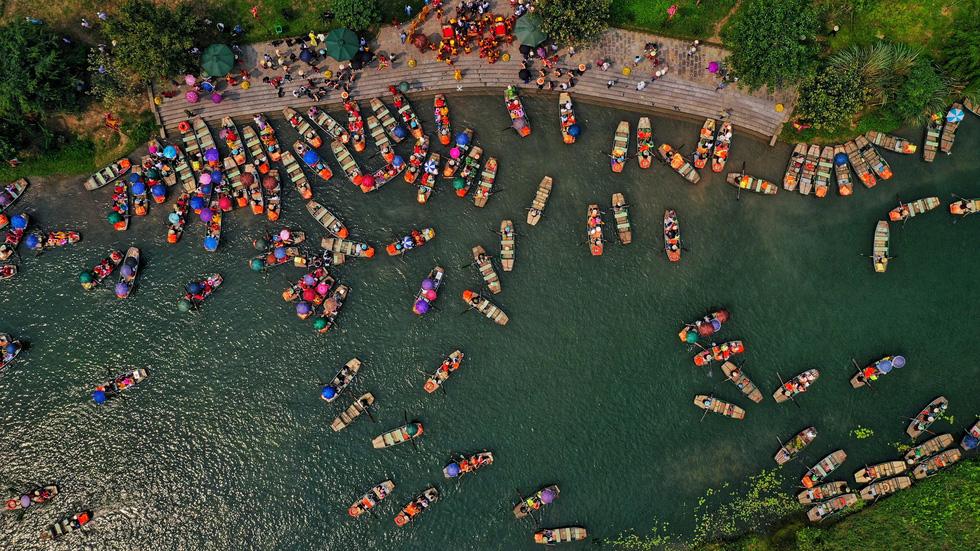 Sông núi hữu tình, hùng vĩ ở Lễ hội Tràng An 2019 - Ảnh 3.
