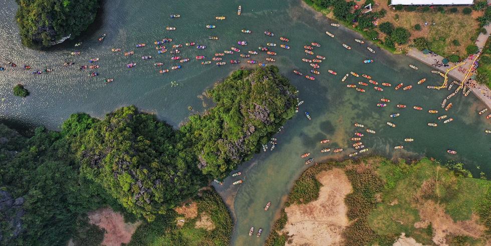 Sông núi hữu tình, hùng vĩ ở Lễ hội Tràng An 2019 - Ảnh 7.