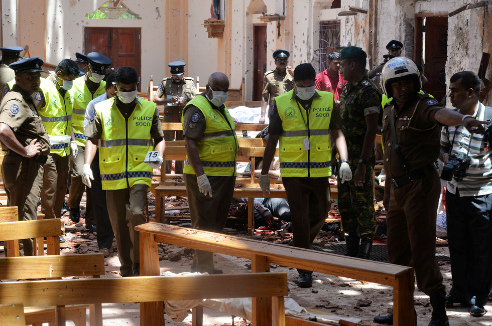 8 vụ đánh bom, 207 người chết 'máu chảy thành sông' tại Sri Lanka - Ảnh 6.