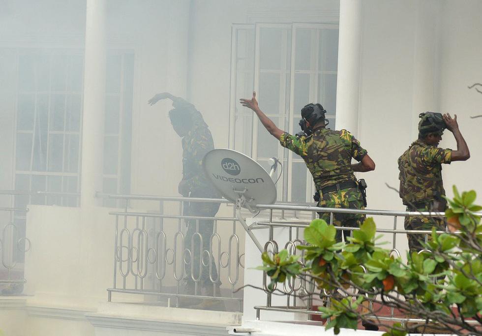 8 vụ đánh bom, 207 người chết 'máu chảy thành sông' tại Sri Lanka - Ảnh 7.
