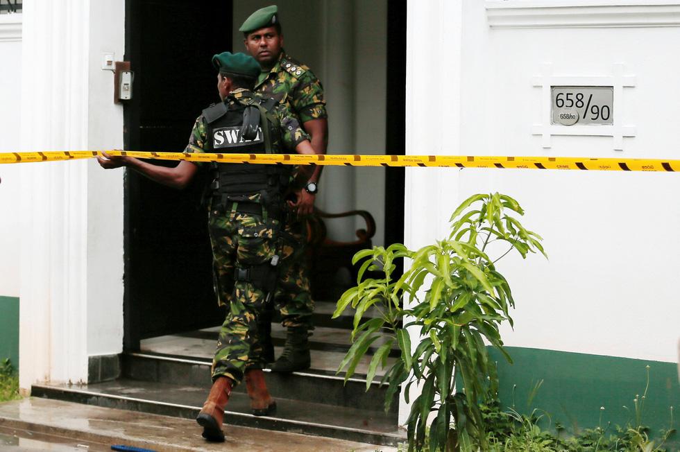 8 vụ đánh bom, 207 người chết 'máu chảy thành sông' tại Sri Lanka - Ảnh 8.