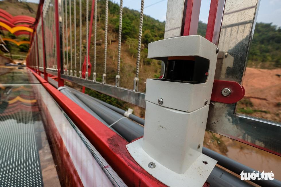 Cầu kính 5D dài 80m đầu tiên tại Việt Nam - Ảnh 12.
