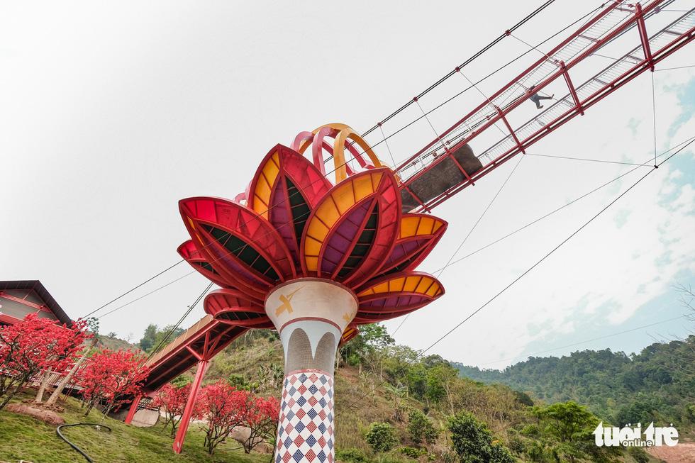Cầu kính 5D dài 80m đầu tiên tại Việt Nam - Ảnh 4.