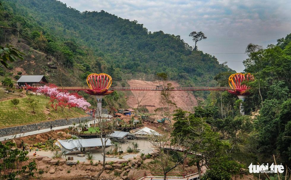 Cầu kính 5D dài 80m đầu tiên tại Việt Nam - Ảnh 3.