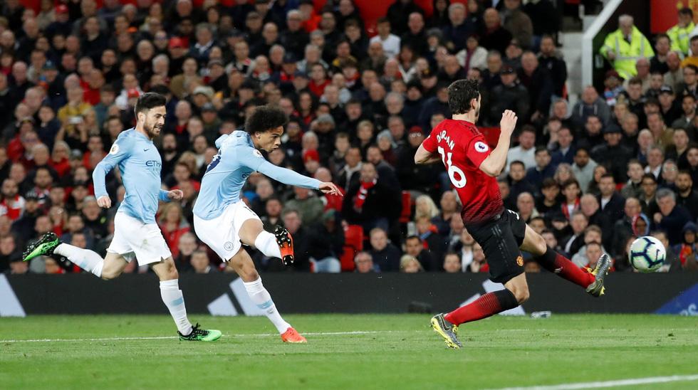 HLV Guardiola nhìn về chức vô địch sau trận derby Manchester - Ảnh 6.