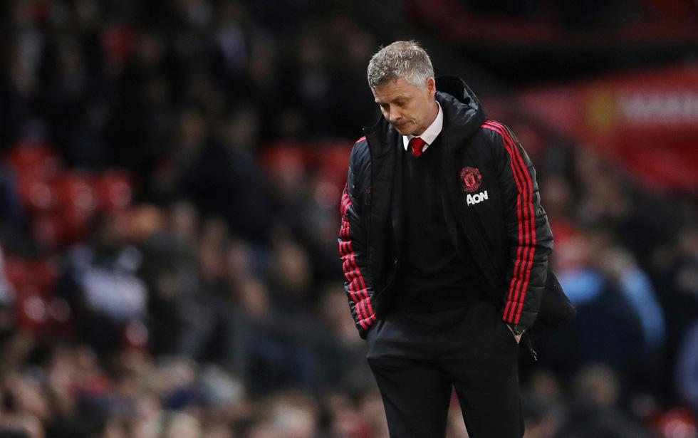 HLV Guardiola nhìn về chức vô địch sau trận derby Manchester - Ảnh 10.