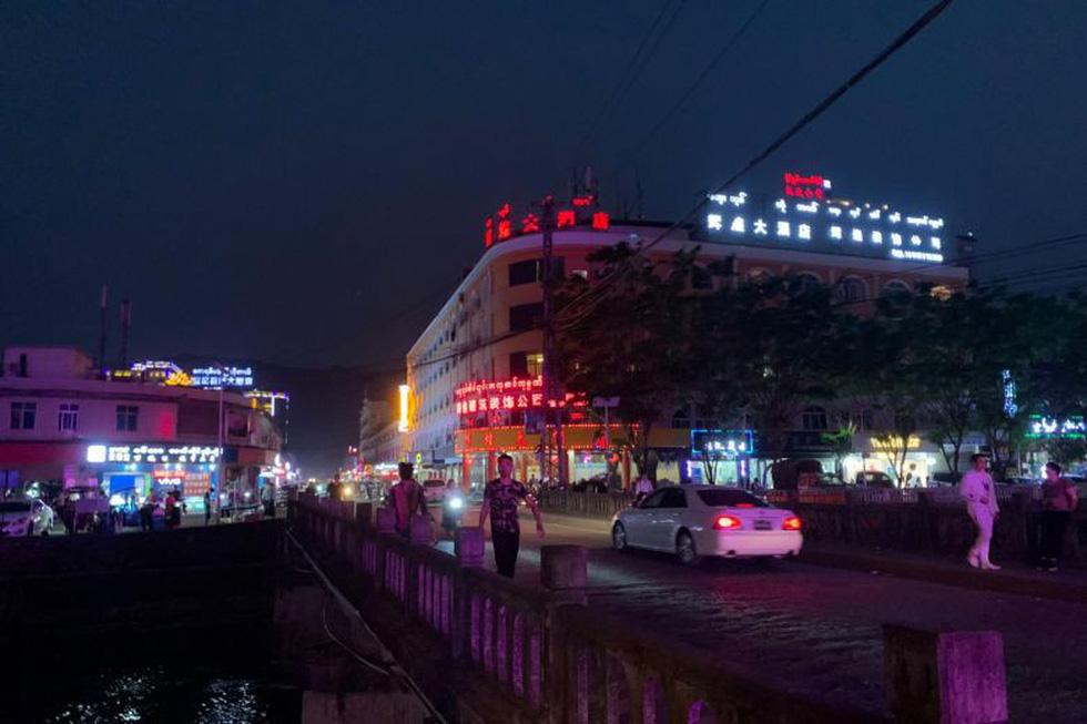 Thế giới ăn chơi thác loạn ở Myanmar giáp giới Trung Quốc - Ảnh 5.