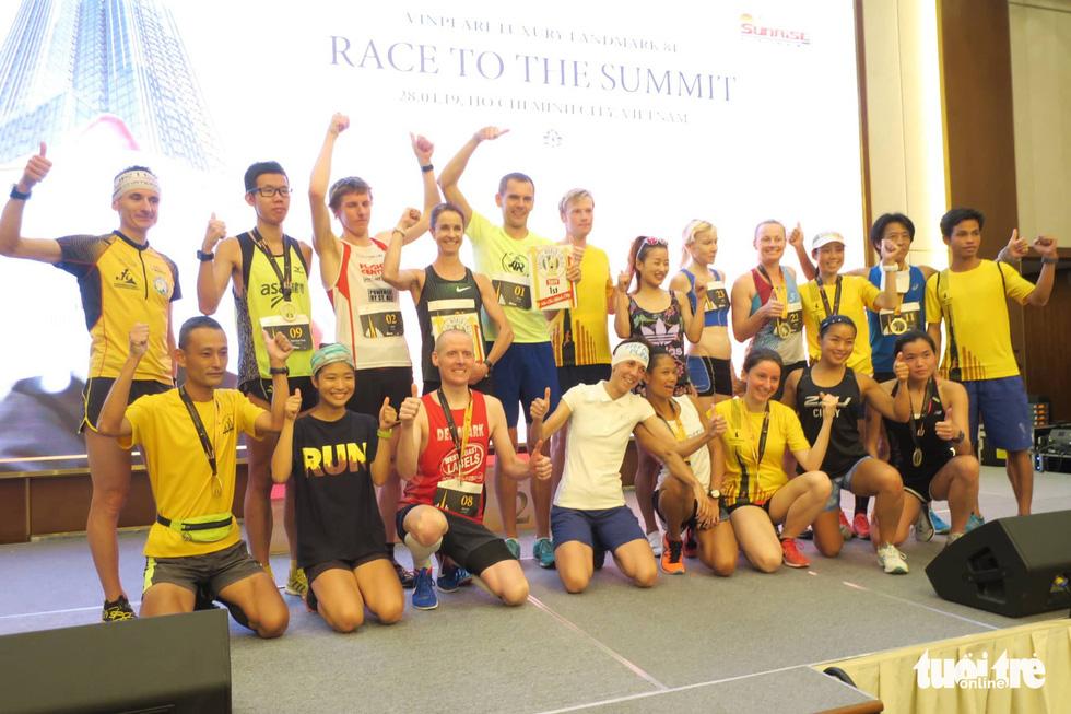 700 vận động viên tham gia cuộc đua 81 tầng - Ảnh 5.